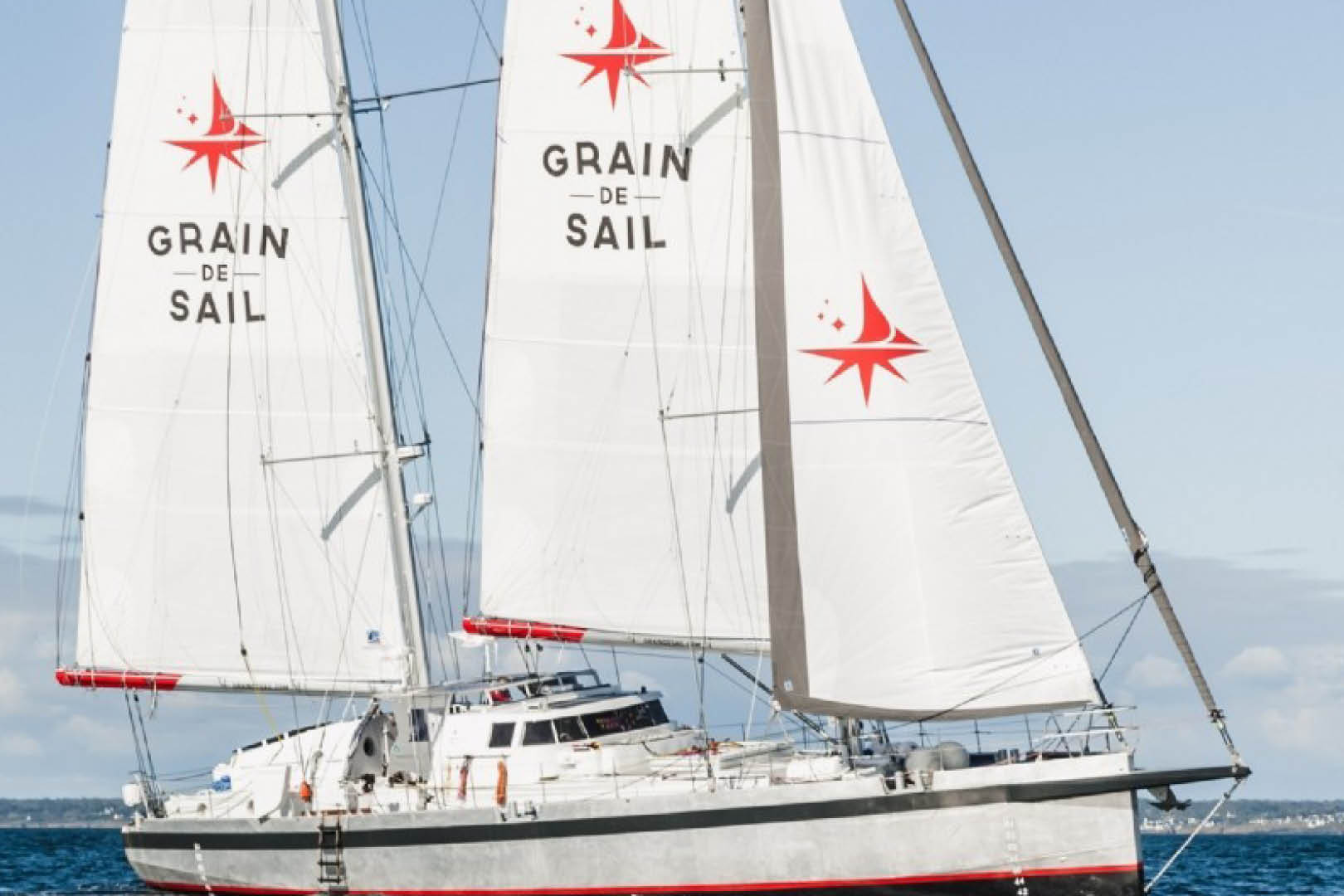 transport-fluvial-grain-de-sail